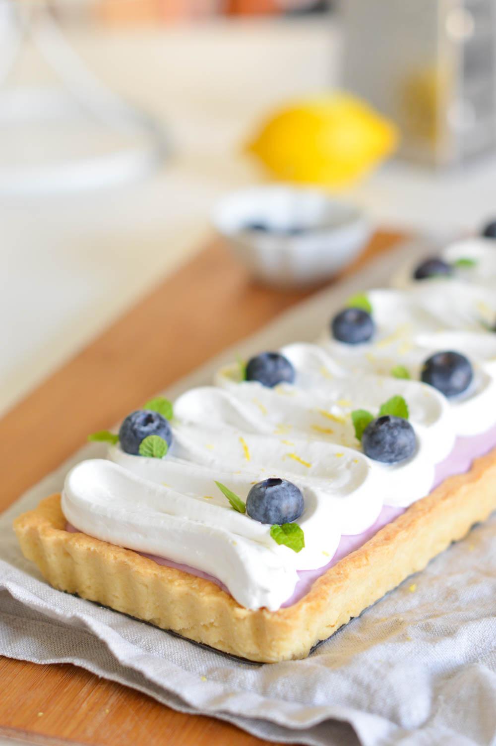 Tartaleta de queso y ar ndanos con cobertura de merengue for Cocineros de canal cocina